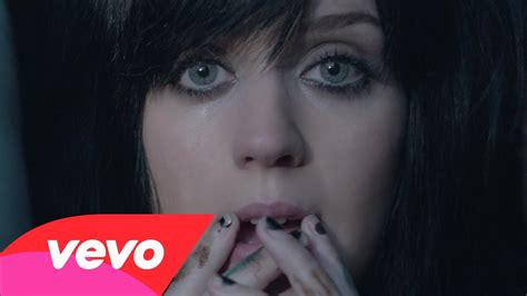 katy perry chain tattoo video the one that got away de katy perry yupimusica