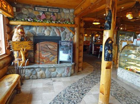 Log Cabin Restaurant Baraboo Wi by Inside The Restaurant Picture Of Log Cabin Family