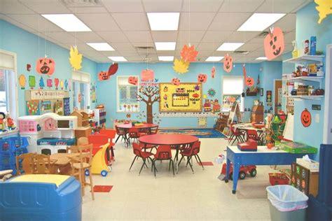 dekorasi kelas inspirasi hiasan  belajar menyenangkan