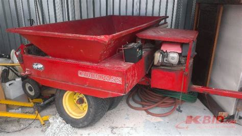 ty crop pass 300 spreader in knoxville tennessee by