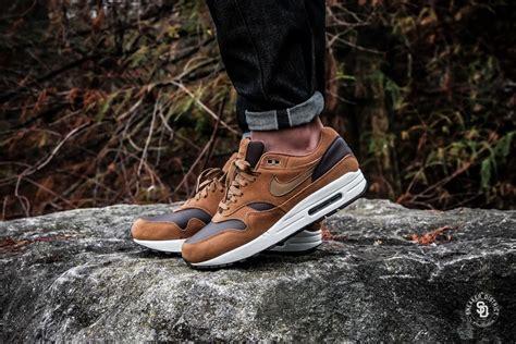 Sepatu Nike Air 1 Brown Premium Quality nike air max 1 premium leather ale brown golden beige