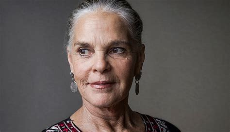 how ali macgraw found inner peace celebrities