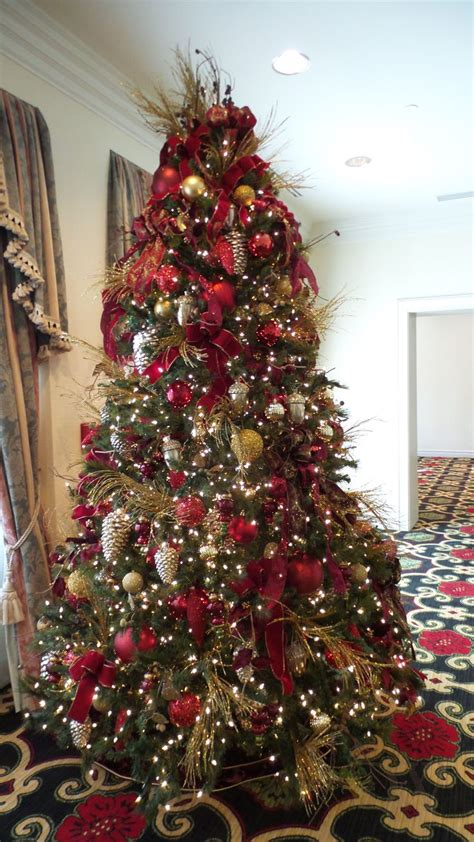 beautiful christmas tree done at the broadmoor hotel in