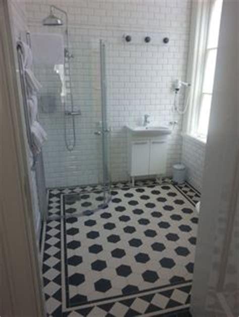 victorian style bathroom floor tiles 1000 images about v i c t o r i a n f l o o r t i l e s