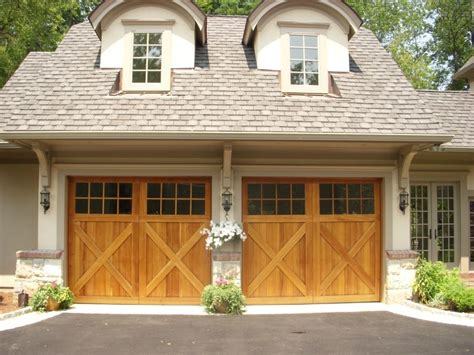 Westchester Garage Doors United Doors A Carriage House Door Will Give Your Home The Curb Appeal It Deserves