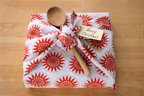 Kitchen Tea Present Ideas tea towel gift wrapping things for boys
