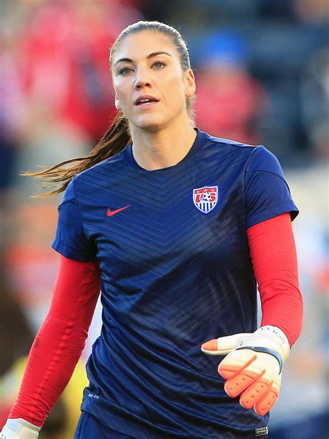 imagenes hot de hope solo gold medalist hope solo went to therapy to address all