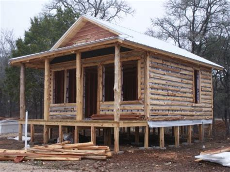 log cabin build small log cabin building small rustic log cabins building