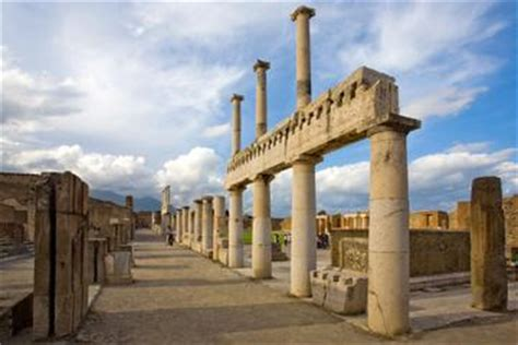 pompeii what to see in only one day practical travel guide for diy travelers books pompeii half day trip from naples naples viator