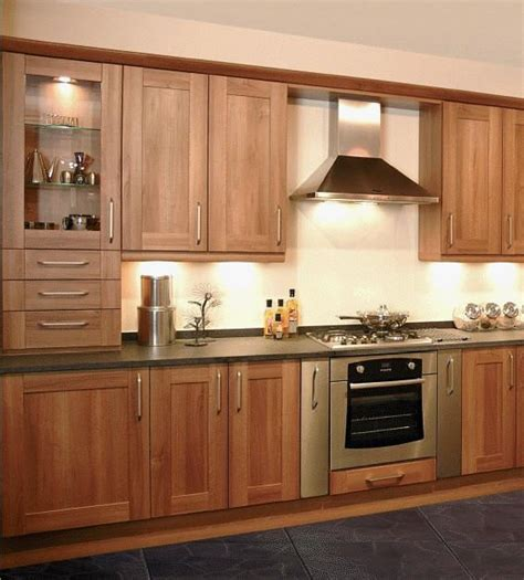walnut shaker kitchen cabinets best 25 walnut kitchen cabinets ideas on pinterest