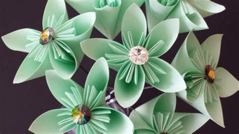 creazioni fiori di carta crea un bel bouquet di fiori di carta fai da te