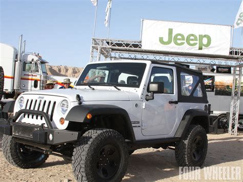 Jeep Willys 2014 White Image 112