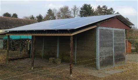 schuur zonnepanelen zonnepanelen op schuur verbouwkosten