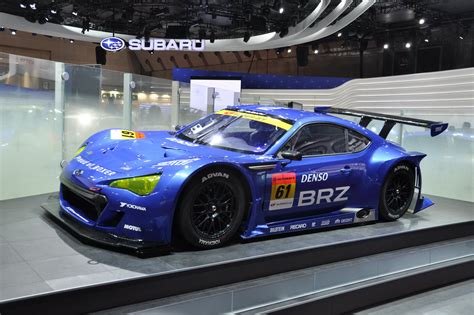 subaru brz racing subaru brz gt300 fires up on the track first official video