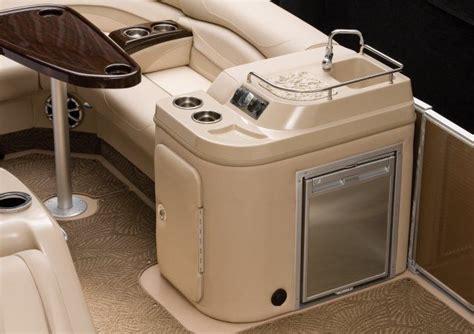 mmm motor boating fridge mmm motor boatin pinterest boating pontoon
