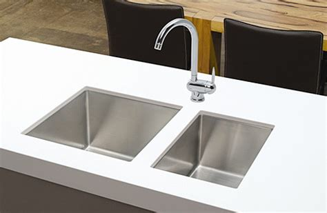 Kitchen Cabinets Under Lighting by Professional Double Bowl Stanless Steel Undermount Sink