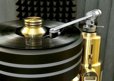 7 Amazing Turntables by 17 Best Images About Amazing Turntables On