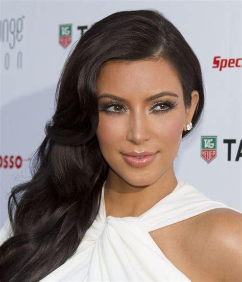 How To Do Kardashian Hairstyles | kim kardashian hairstyle ideas hair world magazine
