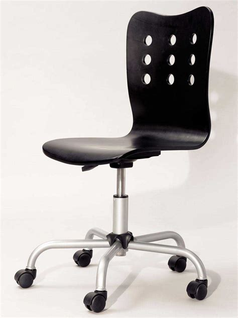 Office Chair Without Armrest by Swivel Desk Chair For Unique Design And Comfort