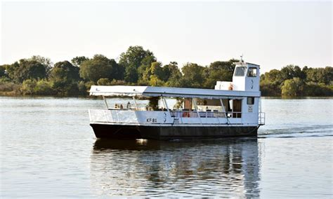 boat cruise zambezi river zambezi river cruise victoria falls river cruises