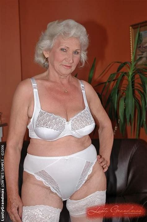 70 year old women who shave their pubic area bsld granny getting fucked by a younger guy pichunter