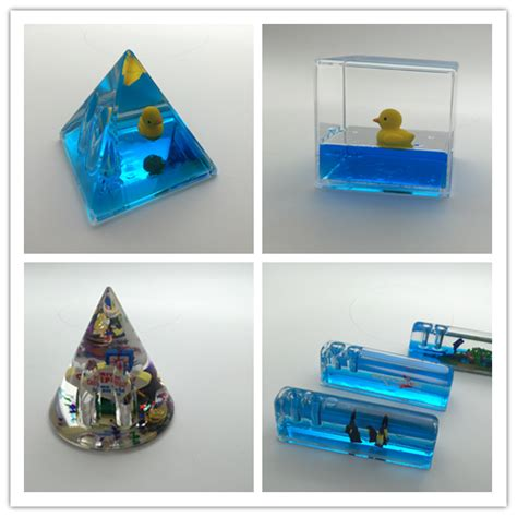 scenic water cube liquid 3d floaty floating paper weight