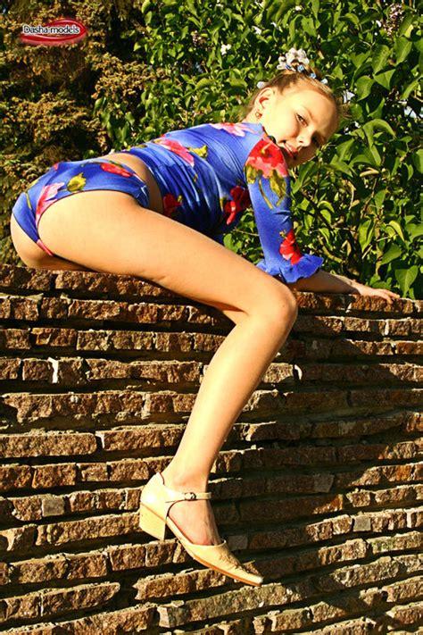 Pimpandhost Ls Album Search Sexy Girl And Car Photos