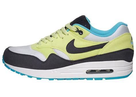 Nike Air Max 1 Citrine Yellowgridion White nike wmns air max 1 citrine yellow gridiron white sole