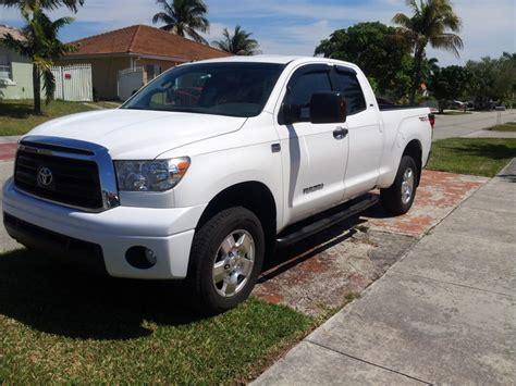 small engine maintenance and repair 2010 toyota tundra security system 2010 toyota tundra overview cargurus