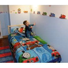 thomas and friends bedroom thomas the train bedroom on pinterest thomas the train decals and