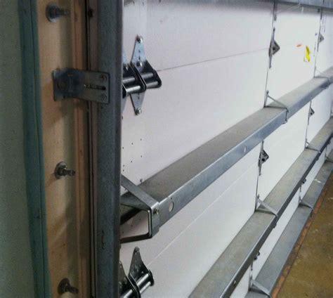 Hurricane Garage Doors by Hurricane Door Locks Hurricane Proof Garage Doors On