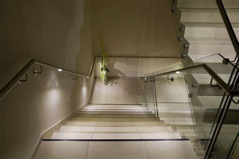 innenbereich stiegenhaus led handlauf beleuchtung - Beleuchtung Stiegenhaus