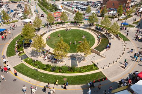 the circle uptown normal by hoerr schaudt landscape architects