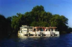 houseboat holidays pontoon boat rentals in ontario and