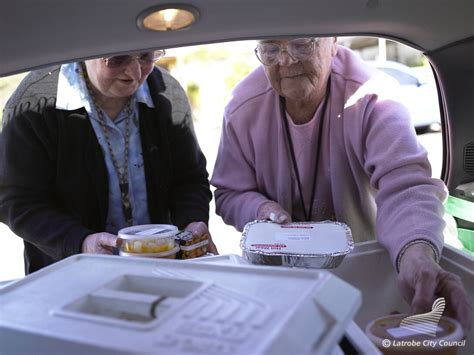 study home delivered meals can keep elderly out of
