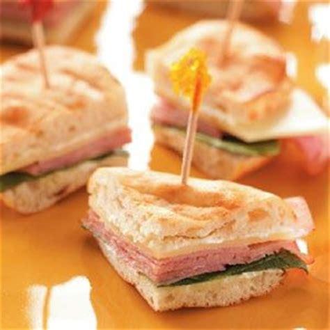 Summer Of Sandwiches Mini Its It by Best 25 Mini Sandwich Appetizers Ideas On