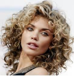 curly hairstyle for a round face collections