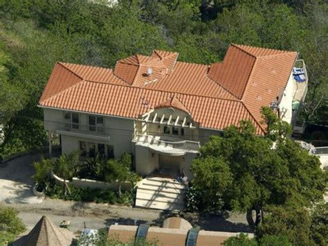 smith house century city anna nicole smith s house sells for 1 3 mil studio city