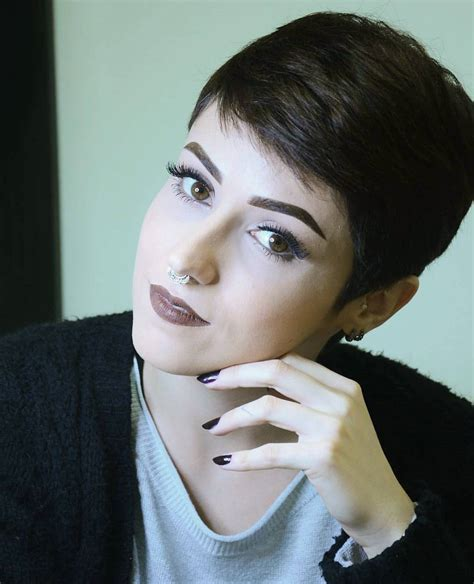 111 best short pixie women haircut images on pinterest short hairstyles thick hair over 40 life style by