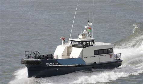 tidewater boats careers aluminium sea axe hull shape crewboat 2206 for 42