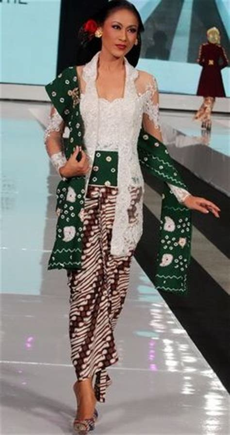 Kebaya Jumputan 409 best images about batik kebaya indonesia fashion on fashion weeks kebaya lace