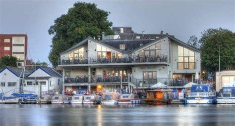 the boatyard surbiton harts boatyard surbiton restaurant reviews phone