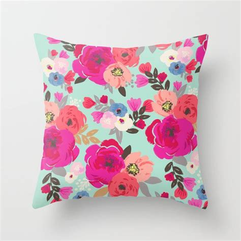Colorful Decorative Pillows Best 25 Colorful Throw Pillows Ideas On