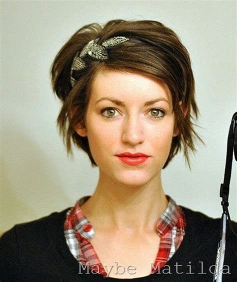 model hairstyles for hairstyles while growing out short growing out pixie pixie love pinterest longer pixie