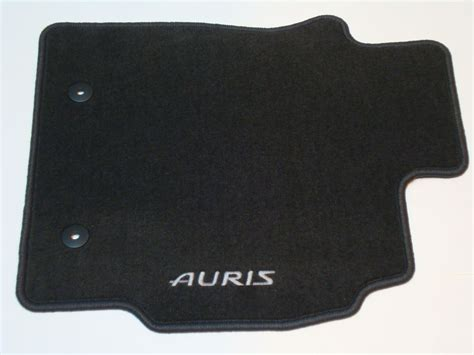 Toyota Auris Mats by Genuine Toyota Auris Single Driver Front Floor Carpet Mat
