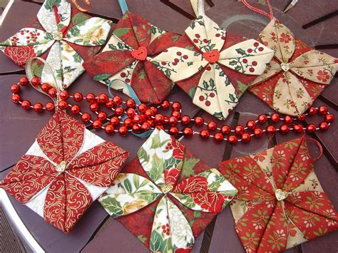 12 photos of fabric christmas ornaments to make
