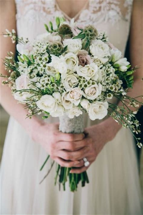 bohemian bayou wedding inspiration bouquets sprays and greenhouses