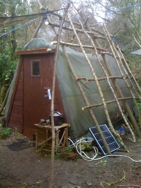 Sustainable Living Courses With The Low Impact Living Initiative self sufficient grid low impact bushcraft living