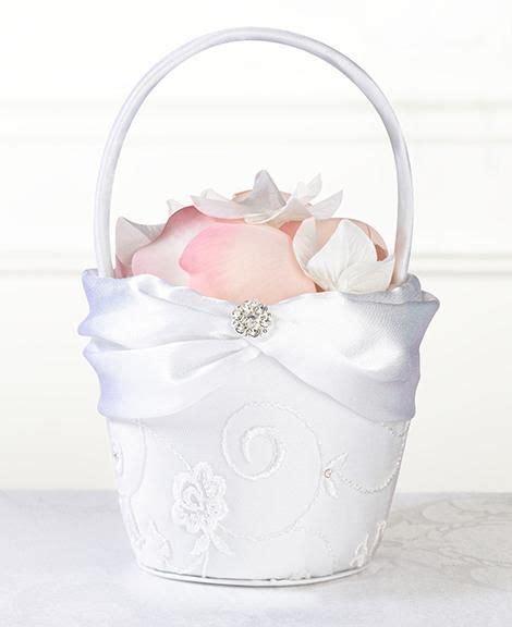 1000 images about bautizo beto on flower basket mesas and baptisms 1000 images about flower baskets on