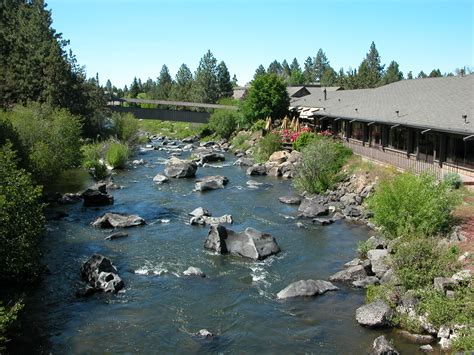 bed and breakfast bend oregon the riverhouse hotel a bend oregon mountain getaway the mother list